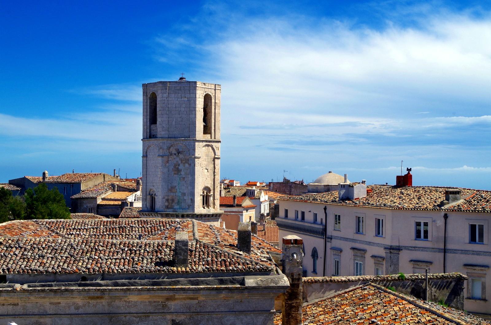 Über den Dächer von Monte Sant'Angelo