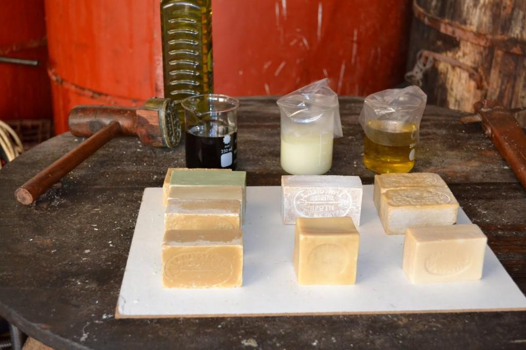 Herstellung Olivenölseife in Korfu