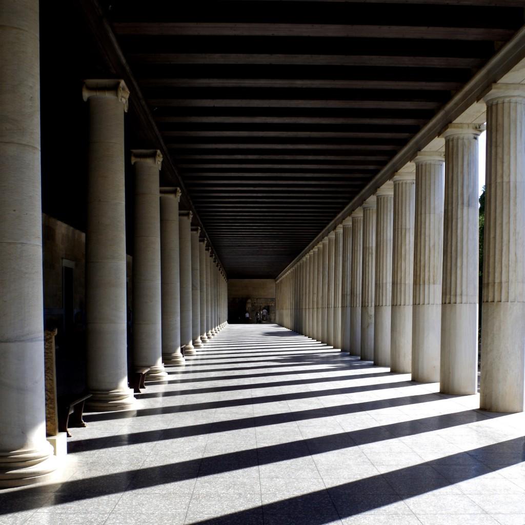 Säulenhalle in der Stoa des Attalos