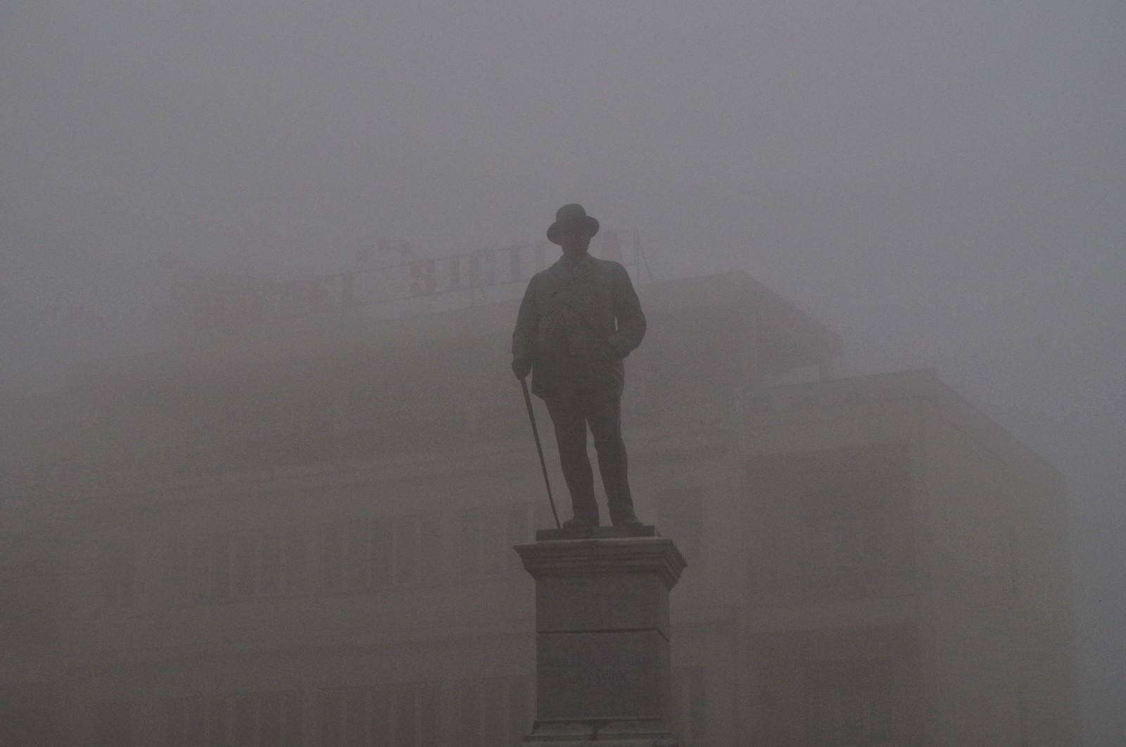 Enna im Nebel